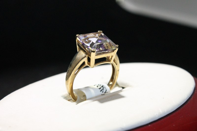 holiday-jewelry-gifts-near-me